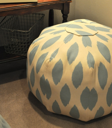 Cover Pouf