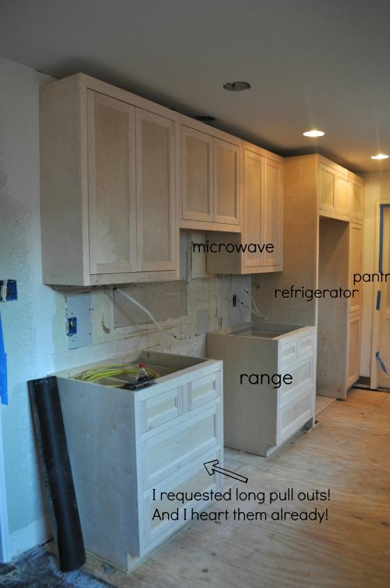 range side cabinet